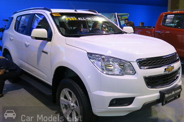 Chevrolet Trailblazer Side View