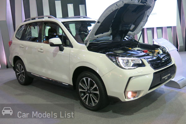 Subaru Forester 2.0 XT Side View