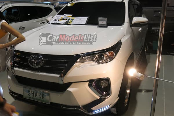 2016 Toyota Fortuner Car Model