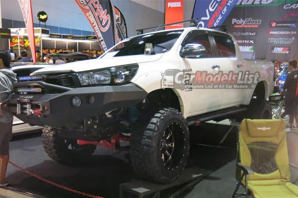 2016 Toyota Hilux Revi