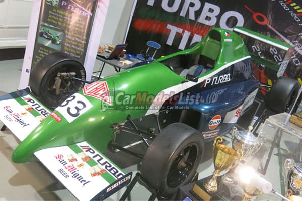 race car model