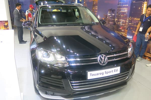 Volkswagen Touareg car model