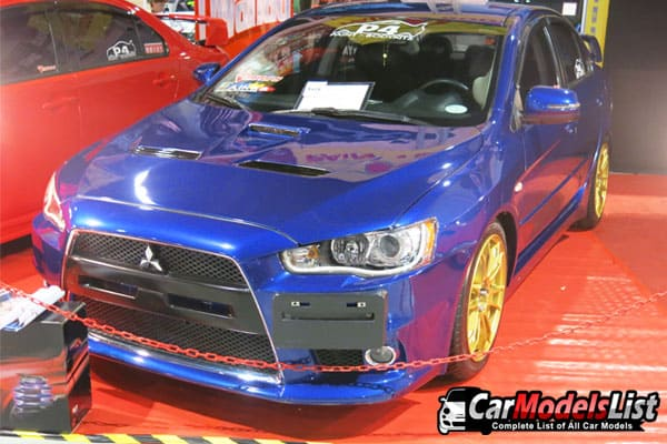 blue-mitsubishi-car-model