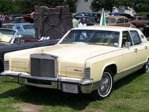 Lincoln Continental Town
