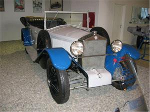 Tatra 17