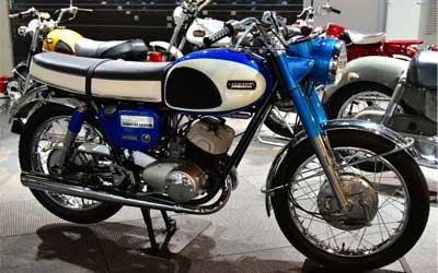 Yamaha YM1