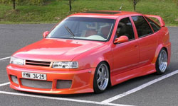 opel vectra red