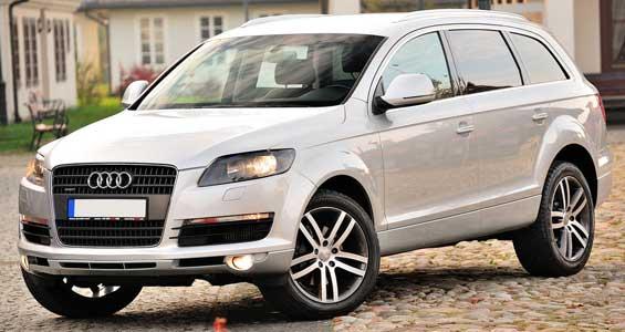 Audi Q7 car model