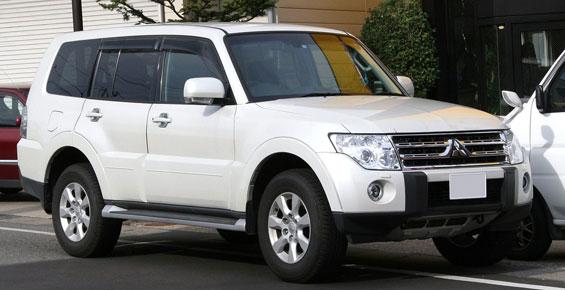 Mitsubishi Pajero car model