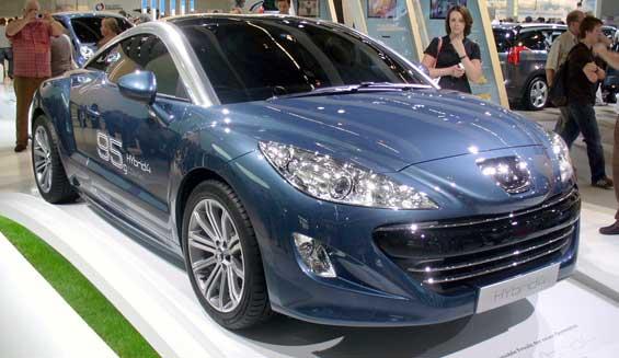 Peugeot RCZ car model