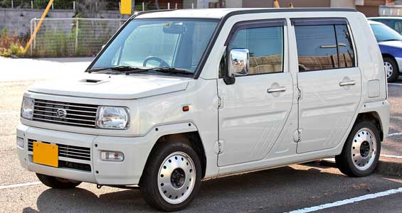 Daihatsu Naked car model