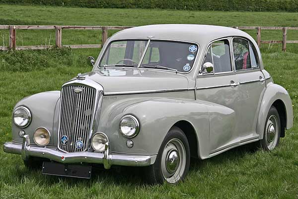 Morris Vintage Car Model