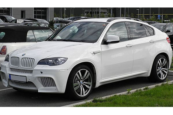 BMW X6 Car Model Review