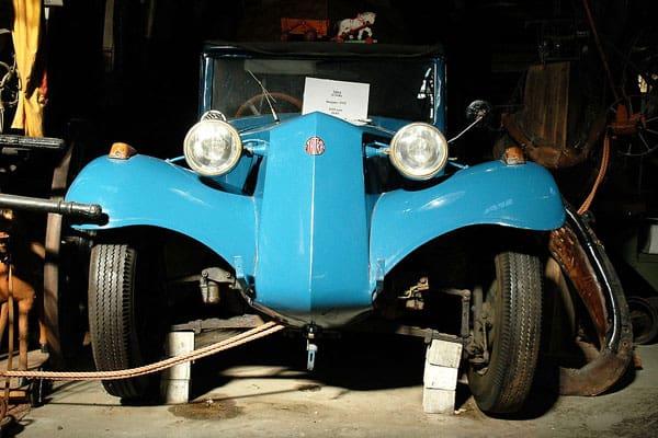 Tatra year 1932 car model