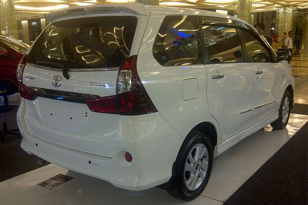 Toyota Avanza Car Model Rear View