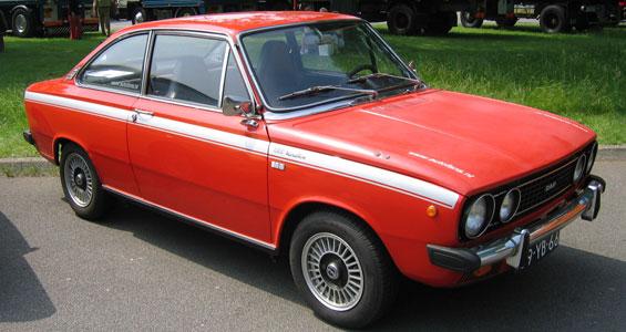DAF 66 car model