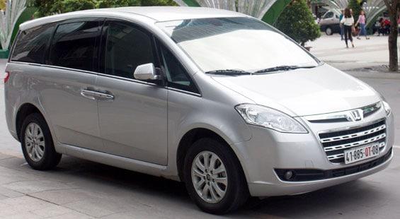 Luxgen M7 car model