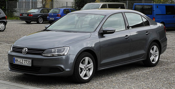 VW Jetta 1.6 TDI Comfortline car model