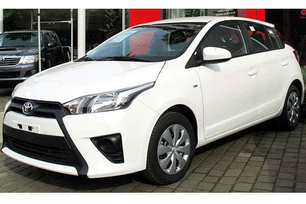 Toyota Yaris 1.5E GL car model