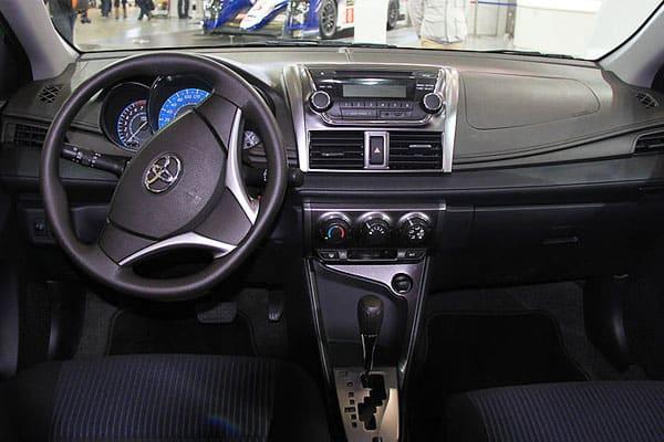 Toyota Yaris L car model interior