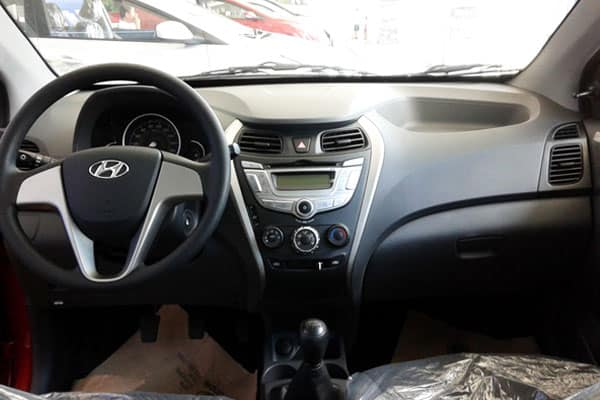 hyundai eon car model interior
