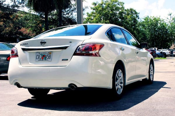 nissan altima rear view car model review