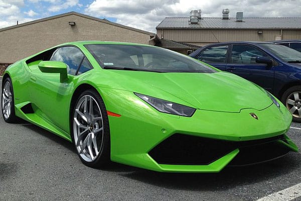 Lamborghini Huracan car model
