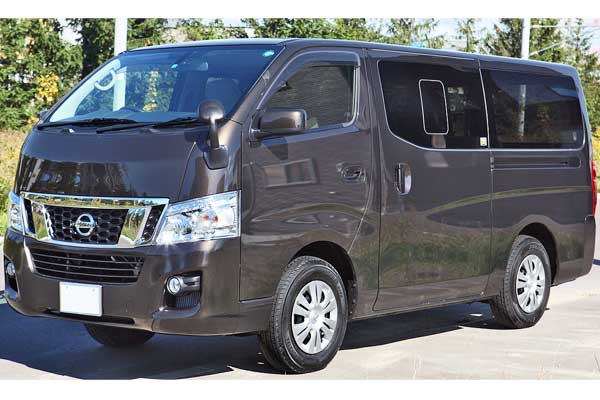 Nissan NV350 Urvan Car Model Review