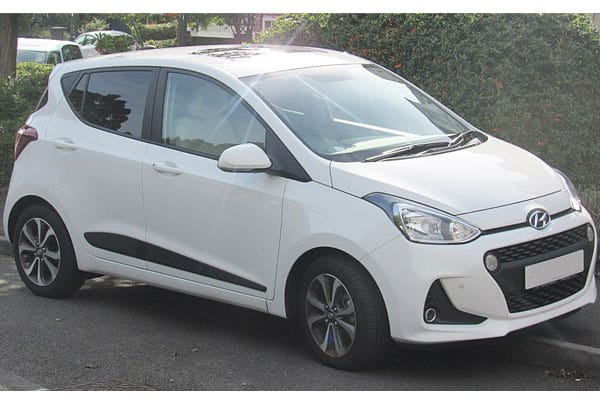 Hyundai i10 car model review