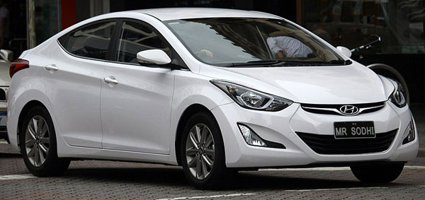 Hyundai Elantra Car Model Review