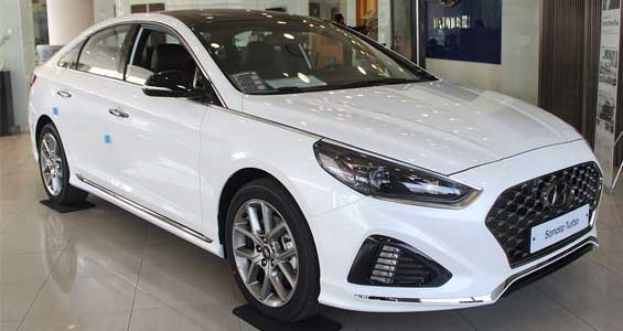 Hyundai Sonata car model