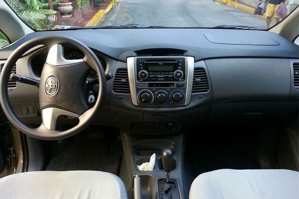 toyota innova car model interior