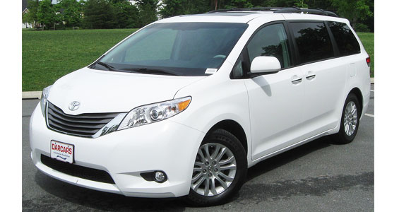 Toyota Sienna car model