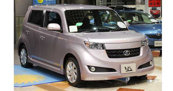 Toyota bB car model