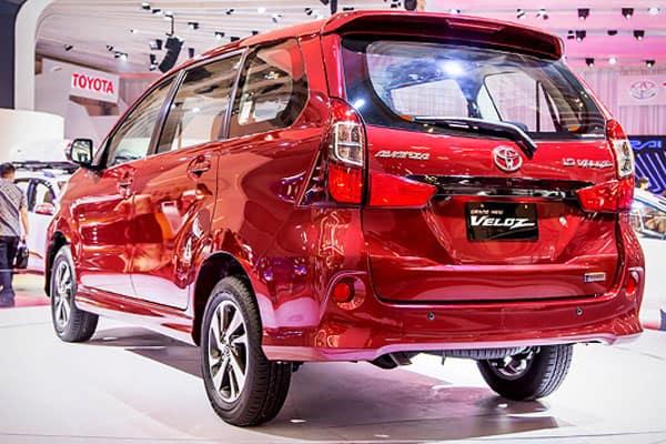 Toyota Avanza Veloz rear view